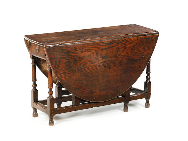 Early 18th c oak gateleg table