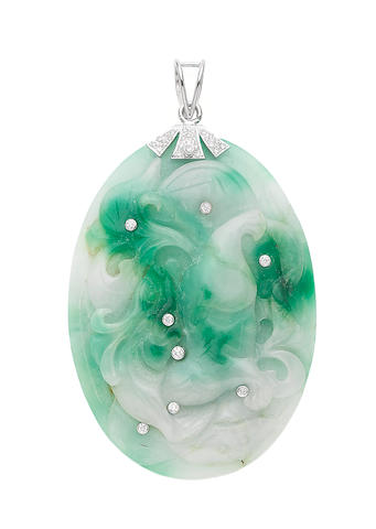 A jade and diamond pendant (illustrated above)