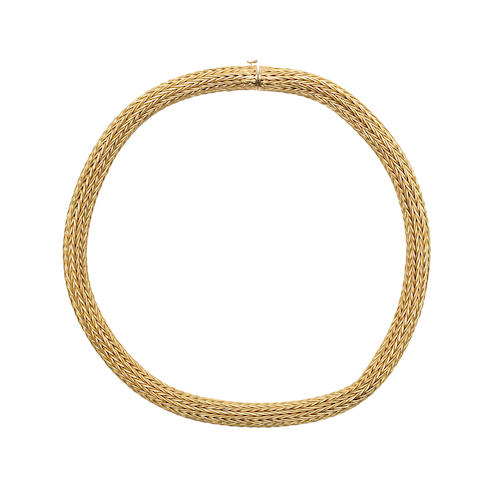 A fancy-link collar necklace, by Lalaounis (illustrated above)