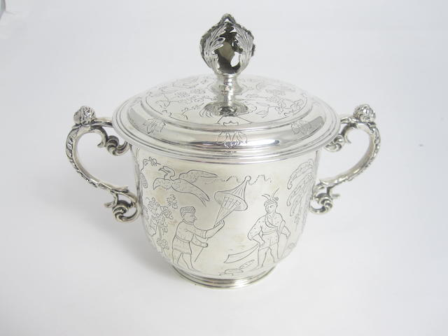 A silver porringer by William Comyns & Sons Ltd, London 1938