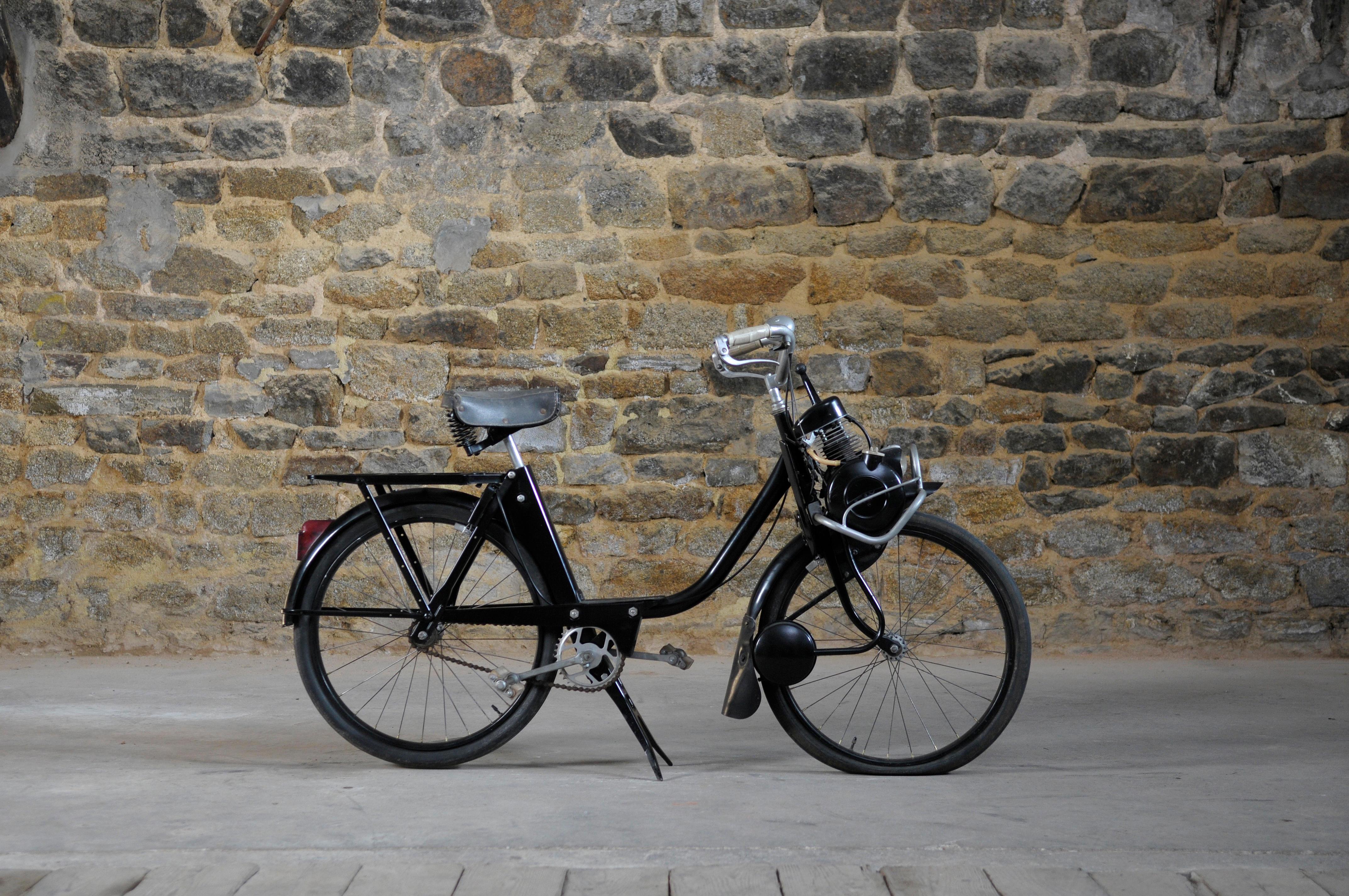 Panier de vélo Doubleit Roue Arrière-Chariot bask-IT noir fines