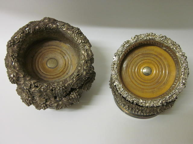 A pair of William IV electroplated wine coasters, circa 1830,   (4)