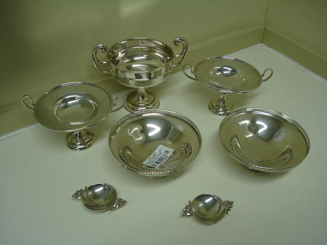 A small collection of silver various makers and dates  (7)