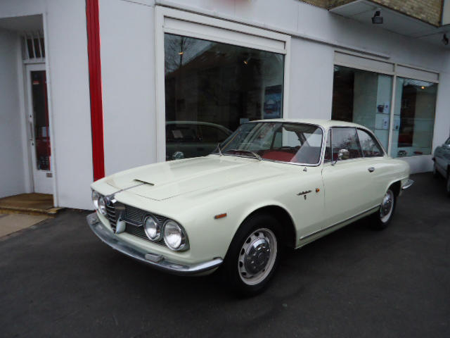 1962 Alfa Romeo 2600 Sprint Coupé  Chassis no. AR820392 Engine no. 00387
