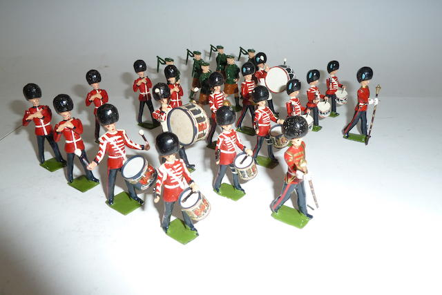 Britains set 2096, Drum and Pipe Band of the Irish Guards 24