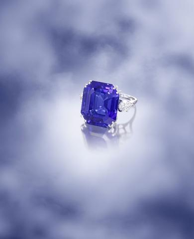 An exceptional sapphire and diamond ring, by Van Cleef & Arpels,