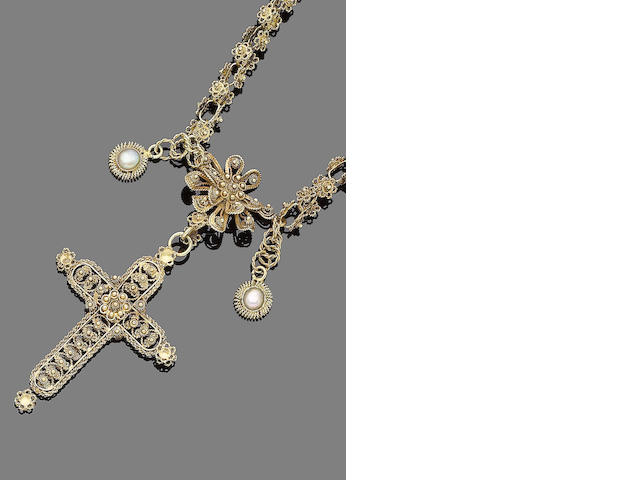 A gold filigree and mother-of-pearl pendant necklace,