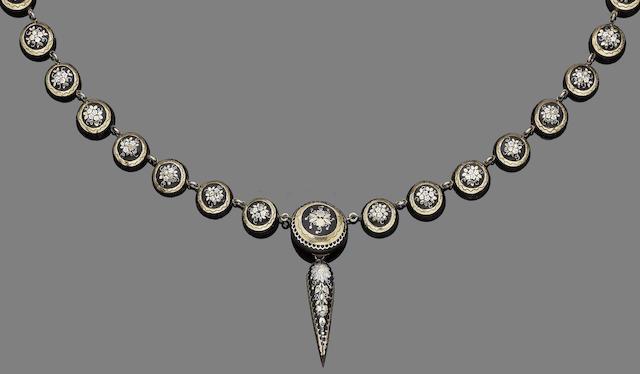 A gold and tortoiseshell piqué posé necklace,