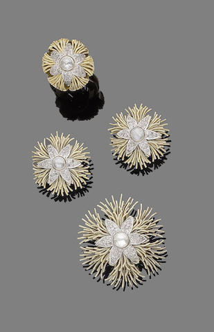 A diamond brooch, earclip and ring suite (3)