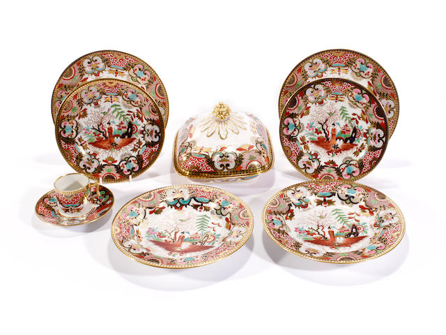 A group of Flight, Barr and Barr dinner wares, circa 1820-30