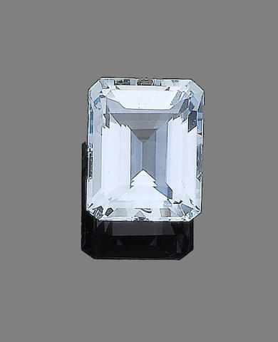 An unmounted aquamarine