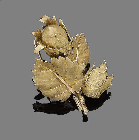 A hazelnut brooch, by Buccellati