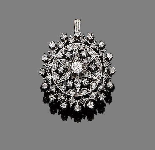A late 19th century diamond cluster brooch/pendant