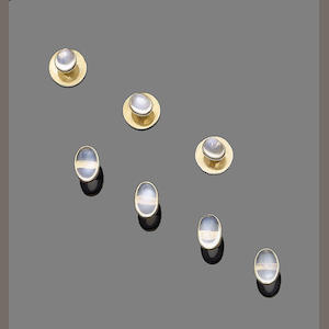A moonstone button and stud set (7)