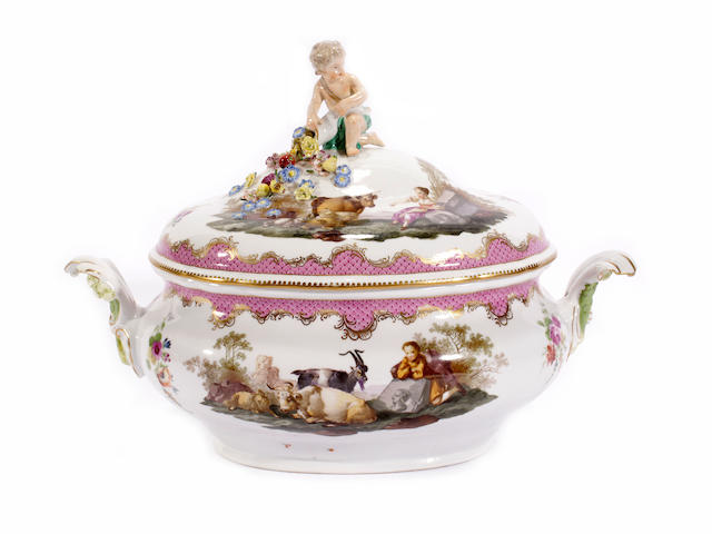 A Marcolini Meissen tureen and cover, late 18th century