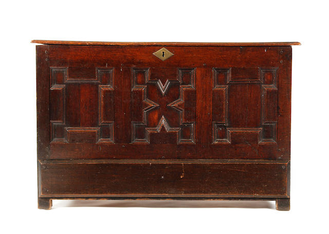 A William & Mary and later oak mule chest