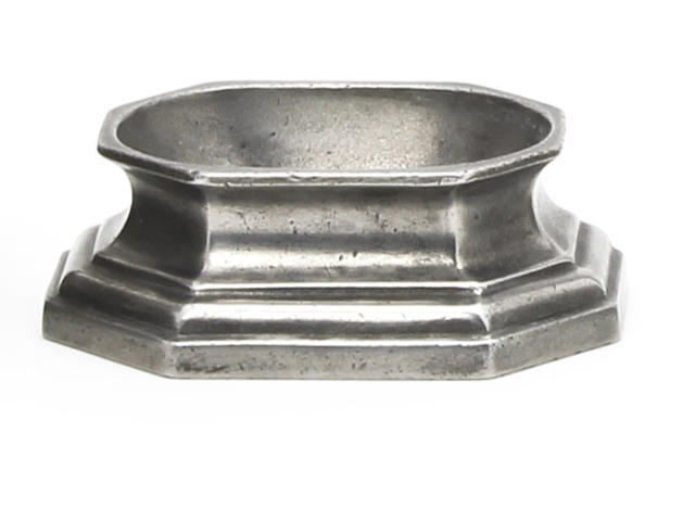 An octagonal pewter salt Probably 18th century