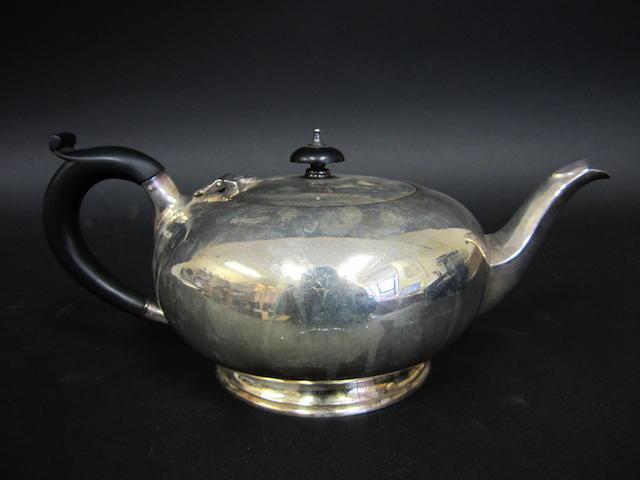 A silver teapot Sheffield 1937