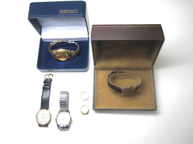 A small collection of watches and jewellery