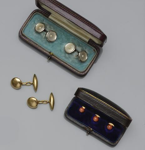 A collection of gentleman's jewellery (10)