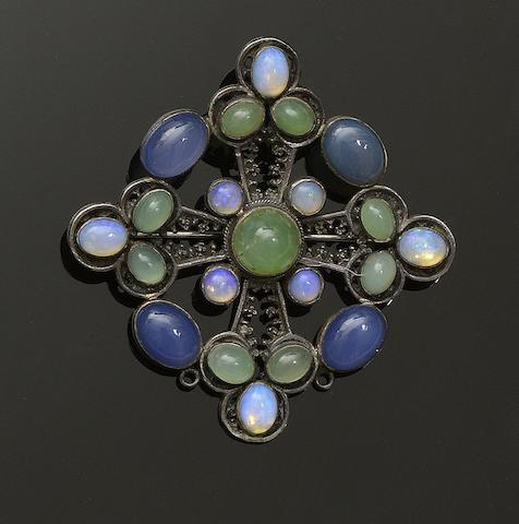 Sybil Dunlop: An opal and agate pendant/brooch