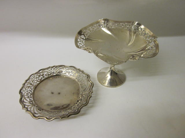 A silver bowl retailers mark R Stewart, Glasgow marks rubbed,  (2)