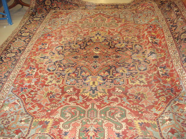 A Heriz carpet, North West Persia, 385cm x 286cm