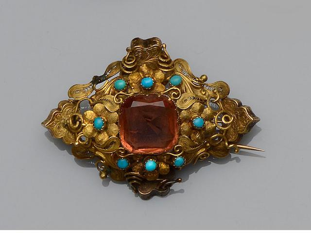 A Victorian topaz brooch
