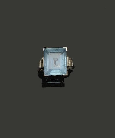 An Art Deco style aquamarine and diamond ring