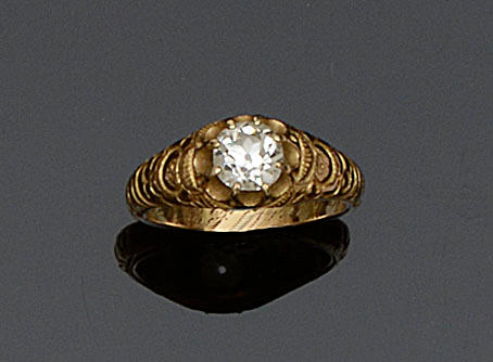 A Victorian diamond single stone ring