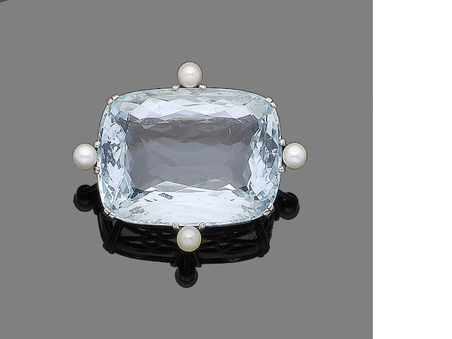 An aquamarine and pearl brooch