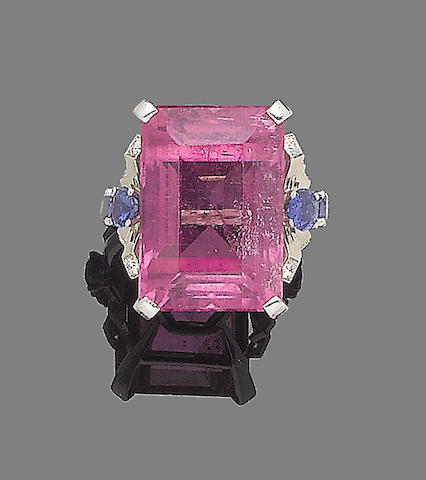 A tourmaline, sapphire and diamond ring