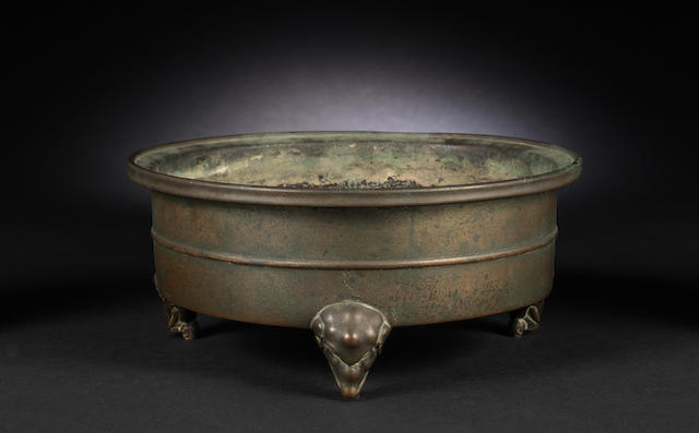 A bronzed-metal incense burner Xuande six-character mark