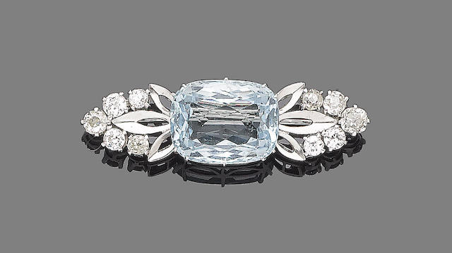 An aquamarine and diamond brooch