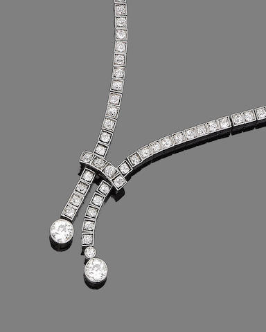 A diamond lavallière necklace