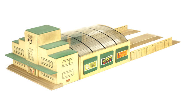 Hornby Dublo (pre-war) Main Line Station King's Cross and Island Platform 2
