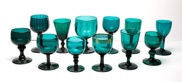 Twelve green-tinted wine or cordial glasses, early 19th century