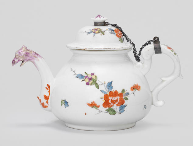 A Meissen teapot and cover, circa 1725-30
