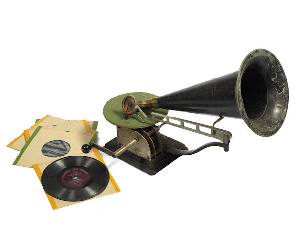 A Columbia Standard travelling arm horn gramophone,