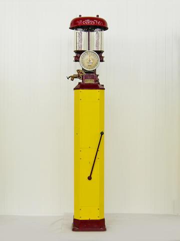 Pompe à essence Themis modèle JB1 à bouteilles à niveau visible, origine française, années 1930