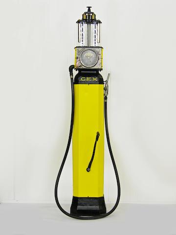 """Pompe à essence CEX """"Automatic"""" modèle R11 à bouteilles à niveau visible, origine française, années 1930"""