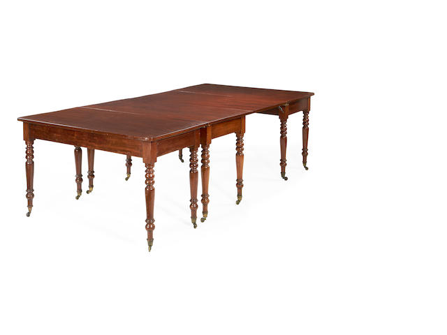 An early Victorian mahogany dining table