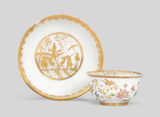An Augsburg decorated Böttger porcelain teabowl and saucer, circa 1725