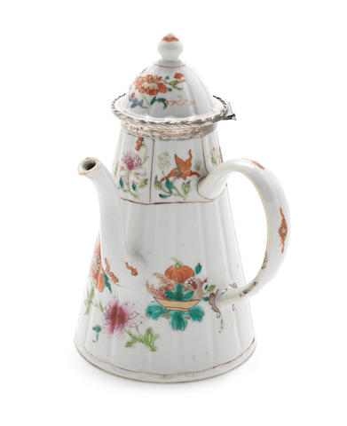 A late 18th/19th century Chinese export side handled silver mounted famille rose porcelain coffee/chocolate  pot circa 1800, silver mount unmarked