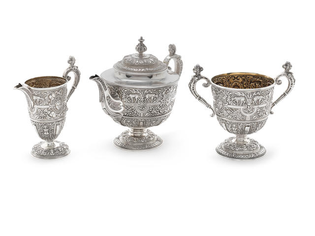 Victorian Cellini pattern silver 3pc teaset Stephen Smith, London 1866