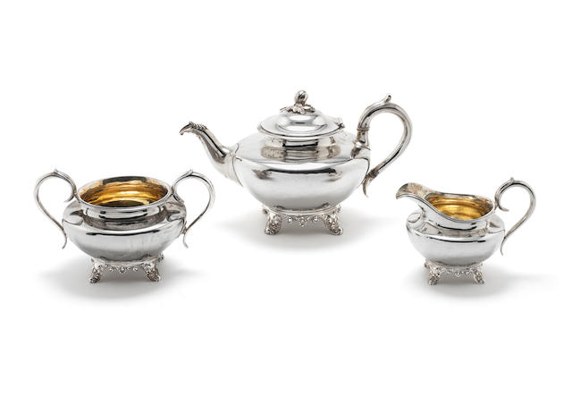 An early Victorian three piece silver teaset by John & Joseph Angell London 1842  (3)