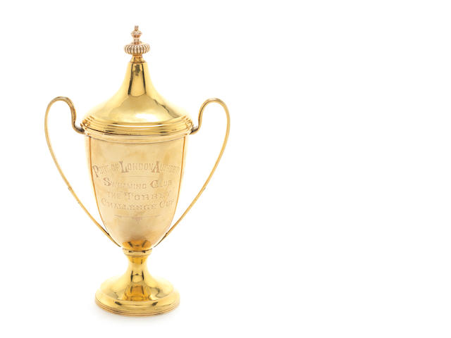 A 9CT GOLD TROPHY CUP AND COVER