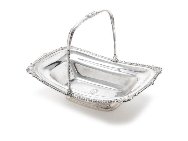 Georgian silver bread basket, London 1808, Thomas Robins