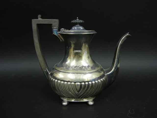 An Edwardian silver coffee pot Sheffield 1901