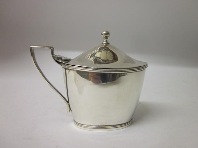 A George III oval mustard pot maker M and F, Edinburgh, circa 1800